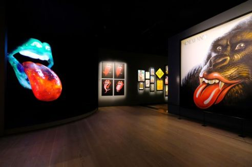 Exhibitionism Gallery Image 5